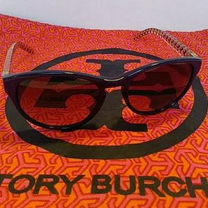 TORY BURCH Sunglasses